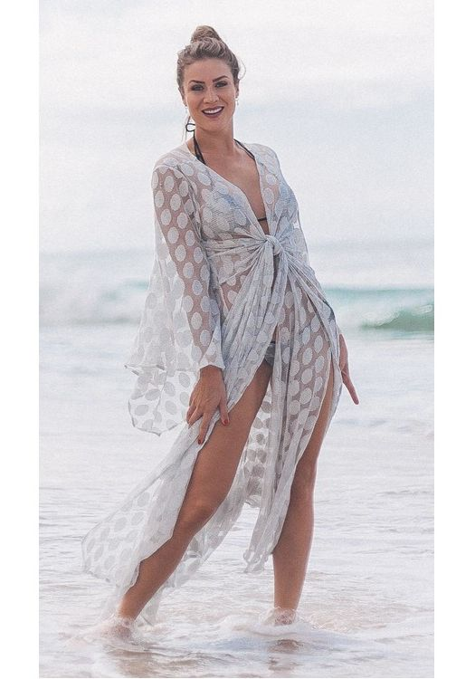 What to Consider When Buying a Beach Cover-up